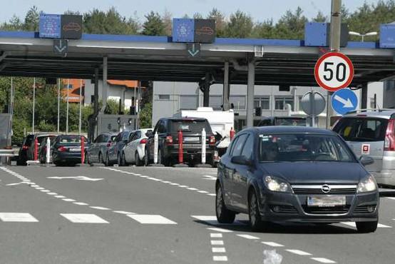 Hrvaški policisti blizu Jelšan hudo pretepli moškega zaradi parkiranja