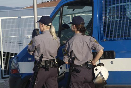 Kranjski policisti dobili odpovedi zaradi neprimernega ravnanja