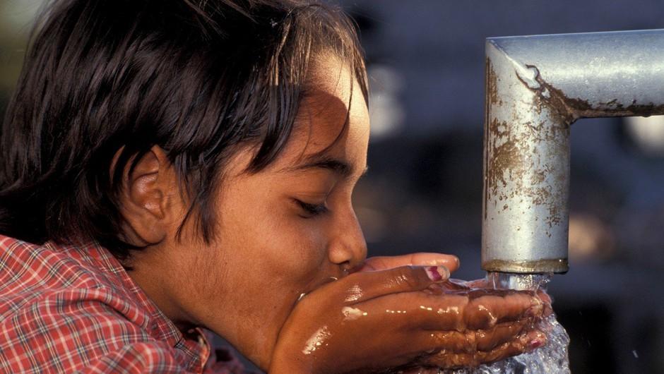 600 milijonov otrok na svetu v šoli brez pitne vode in stranišč, poroča Unicef! (foto: profimedia)