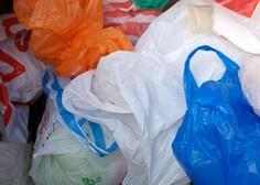 Začetek kampanje za zmanjšanje uporabe lahkih plastičnih vrečk