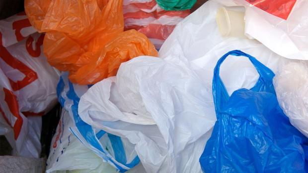 Začetek kampanje za zmanjšanje uporabe lahkih plastičnih vrečk (foto: Profimedia)
