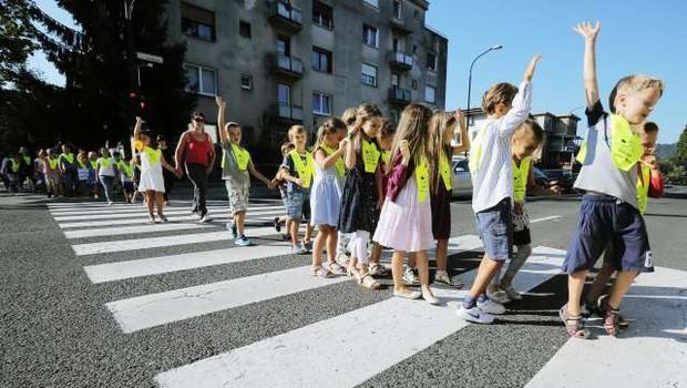 Danes več kot 257.000 šolarjev v novo šolsko leto (foto: STA)