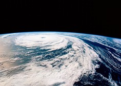 Orkan Florence divja v Severni in Južni Karolini