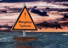 Filipine je zajel silovit tajfun Mangkhut, sunki vetra dosegajo hitrostjo kar 330 kilometrov na uro