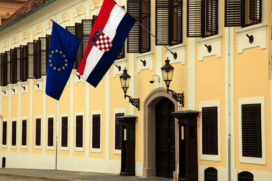 V članku norveškega dnevnika Dagsavisen so Hrvaško označili kot problematičnega otroka EU