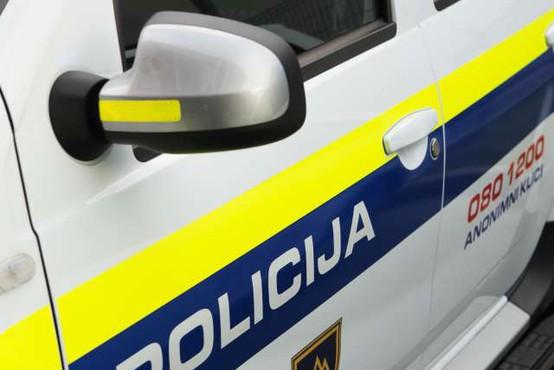 Ljubljanska policista rešila žensko iz Save