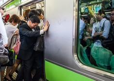 Tajfun Trami po japonskih otokih dosegel še Tokio in zahteval žrtve