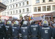 Več tisoč ljudi na protivladnih protestih na Dunaju!