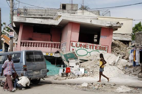 Tla na Haitiju so se spet tresla, najmanj 10 mrtvih