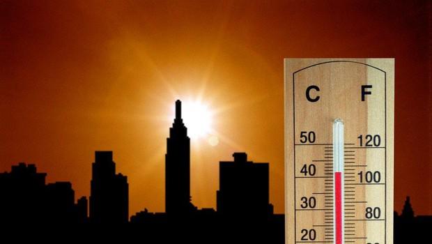 Podnebno poročilo na 400 straneh o nuji omejitve globalnega segrevanja in z veliko svarili (foto: profimedia)