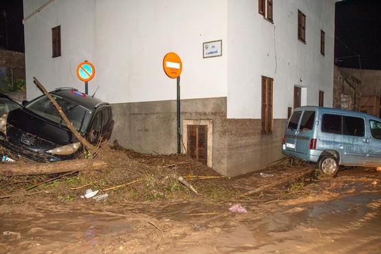 V poplavah na Majorki najmanj 8 mrtvih