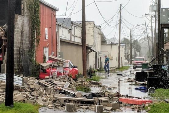 VIDEO: Orkan Michael v ZDA doslej zahteval najmanj 11 žrtev