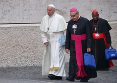 Najhujša cerkvena kazen za čilska dostojanstvenika - papež ju je razrešil duhovniškega poklica