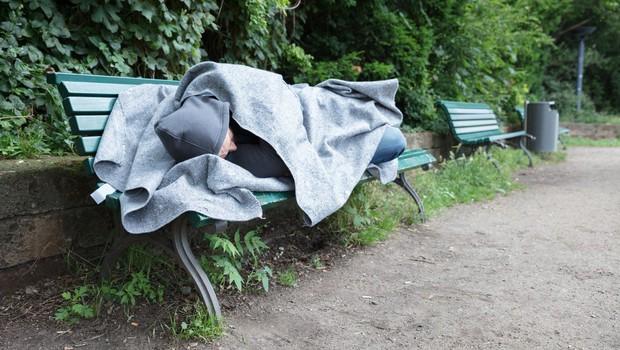 Madžarska z današnjim dnem prepoveduje brezdomstvo (foto: profimedia)