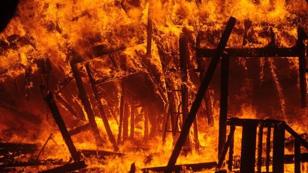Požar v Kaliforniji povsem uničil kraj Paradise s 27.000 prebivalci (foto: profimedia)