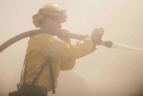 Število žrtev požara v Kaliforniji se je povzpelo na 42