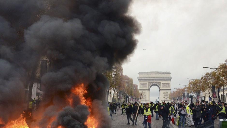 Protesti v Franciji: Nismo se zbrali zato, da bi pretepali policiste, želimo le, da nas vlada sliši (foto: profimedia)