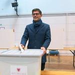 V Kranju slavil Rakovec, Arsenovič bo župan Maribora, v Kopru zgolj 12 glasov razlike v korist Bržanu! (foto: Tinkara Zupan/STA)