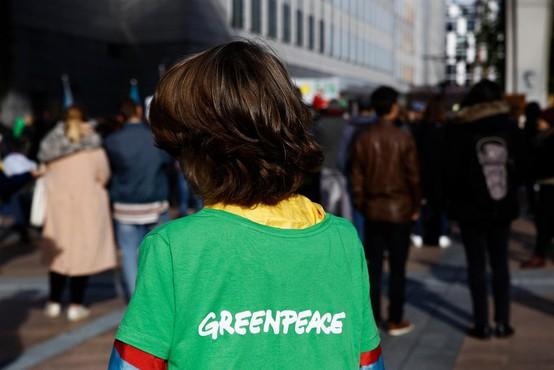 Dvanajst  okoljskih aktivistov za slovaškimi zapahi zaradi protesta proti kurjenju premoga