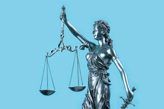 Štirim članom združbe roparjev, ki je delovala na celjskem območju,  sodnica izrekla zaporne kazni