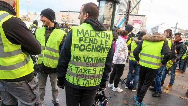 Razmere na pariških protestih se zaostrujejo, na cestah tudi Belgijci in Nizozemci (foto: profimedia)