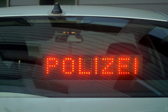 V Nemčiji v streljanju 3 mrtvi - šlo naj bi za družinsko dramo