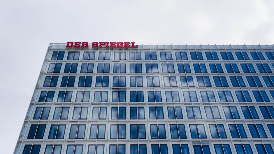 Novinar nemškega Spiegla priznal, da si je več let izmišljeval zgodbe, in dal odpoved (foto: profimedia)
