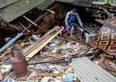 Število žrtev cunamija v Indoneziji narašča