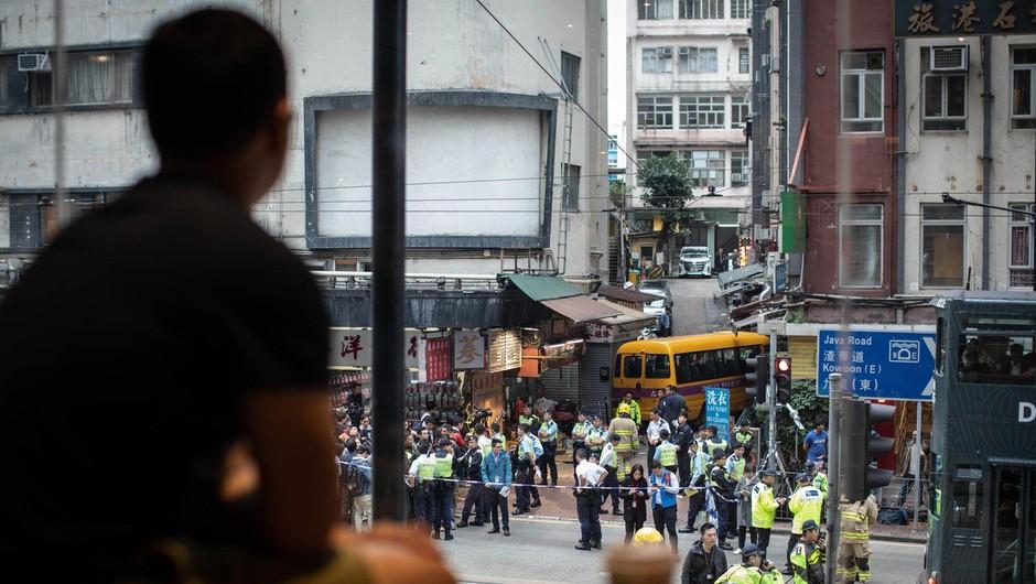 Na Kitajskem z avtobusom zapeljal v množico, več mrtvih (foto: profimedia)