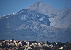 Etna na Siciliji povzroča močne potrese in povzroča veliko škode