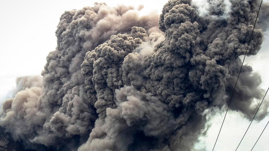 Indonezija: Višja stopnja pripravljenosti zaradi možnosti izbruha vulkana (foto: Profimedia)