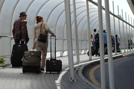 Zaradi okvare na letališču v Benetkah obtičali številni potniki