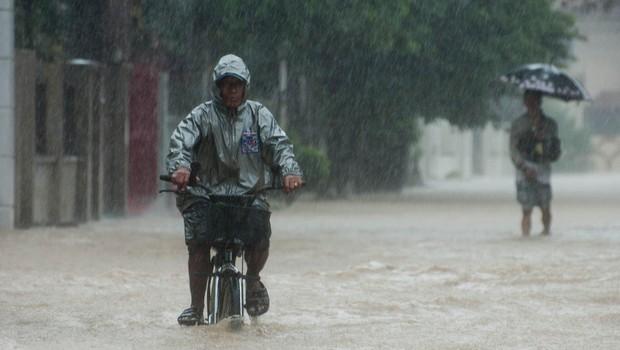 Na Filipinih so poplave in plazovi zahtevali več 10 smrtnih žrtev (foto: Profimedia)