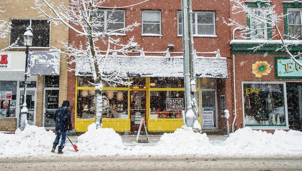 ZDA prizadela snežna neurja, ki so terjala 7 smrtnih žrtev (foto: Profimedia)