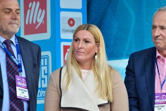 Janica Kostelić skoraj leto dni po rojstvu sina spet v javnosti, tokrat zaradi drugega razloga ...