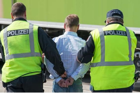V Nemčiji prijeli 20-letnika, ki je osumljen za hekerski napad