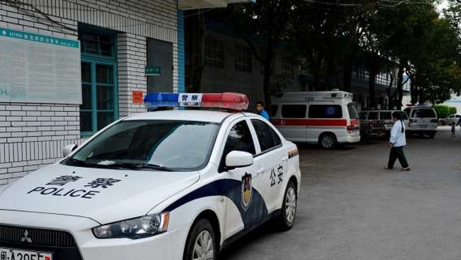 V Pekingu moški napadel z nožem in ranil 20 otrok (foto: STA)