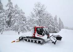 Snežni plaz zasul hotel v Avstriji, goste so morali evakuirati!