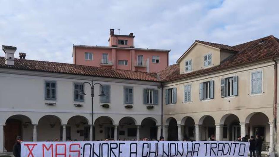 Shoda v Gorici sta minila brez izgredov, neofašistov je bilo le 30 (foto: STA/Rosana Rijavec)