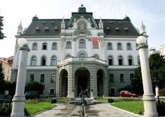 Zahtevek države za vrnitev 781.000 evrov izplačanega dodatka za stalno pripravljenost v ponovno sojenje