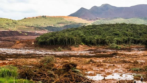 Po petkovi nesreči, ki je do zdaj terjala že 40 življenj, prebivalcem Brumadinha grozi, da bo popustil še drugi jez (foto: profimedia)