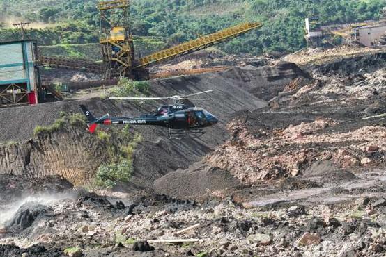 Brazilija: Skoraj 100 smrtnih žrtev v zrušenju jezu