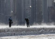 Američani so se mrazu skušali zoperstaviti tudi s prižganimi avtomobili v garaži