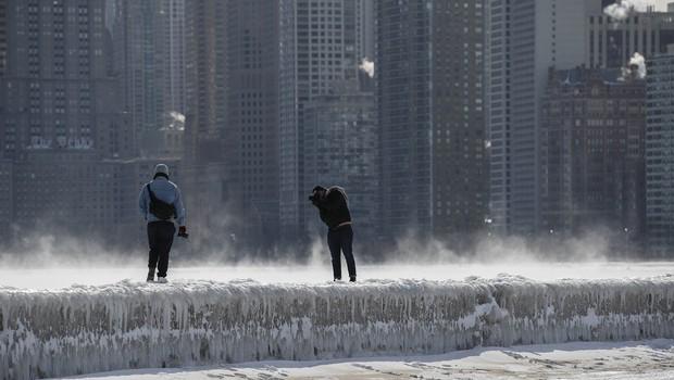 Američani so se mrazu skušali zoperstaviti tudi s prižganimi avtomobili v garaži (foto: profimedia)