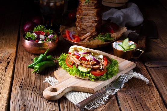 Večji del mesa za slovenski kebab ni bilo iz sporne poljske klavnice!