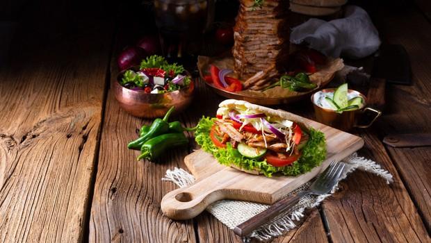 Večji del mesa za slovenski kebab ni bilo iz sporne poljske klavnice! (foto: profimedia)