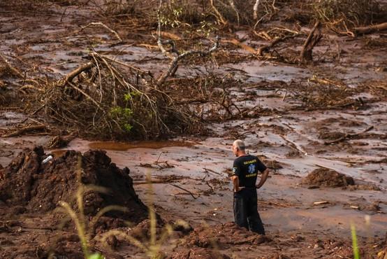 Po prvem bi se lahko v Braziliji zrušil še en rudniški jez, ki zadržuje nevarne odpadke