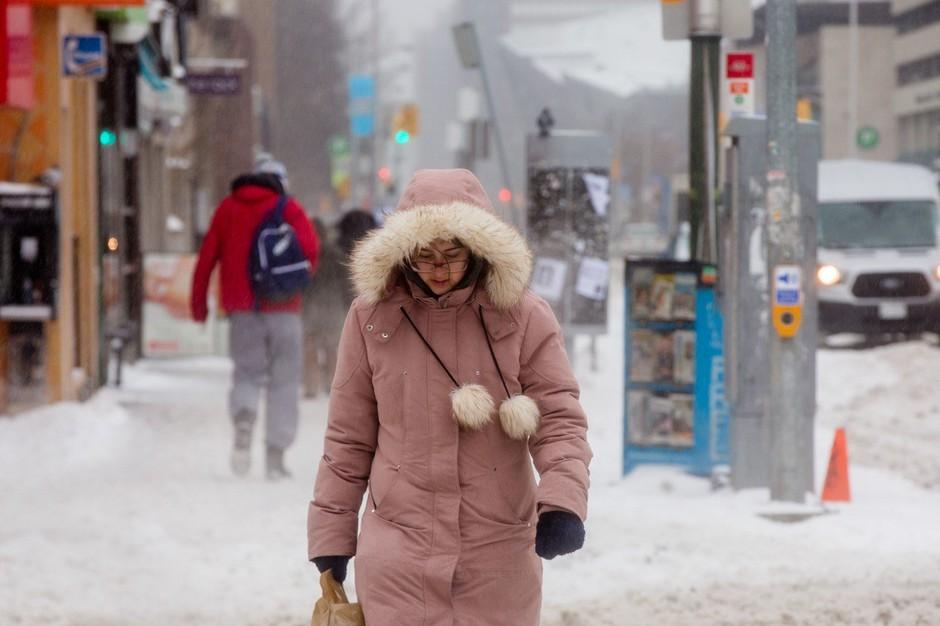 Bizarno vreme: Vzhod Kanade tokrat presenetljivo zasnežilo z juga! (foto: profimedia)