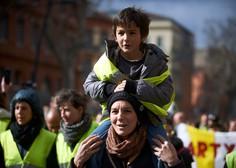 Rumeni jopiči že šestnajsto soboto zapored na cestah več francoskih mest