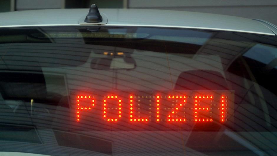 Slovenec prevažal pokvarjeno meso,  nemška policija ga je odkrila med rutinskim pregledom (foto: profimedia)